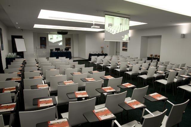 Sala-riunioni2
