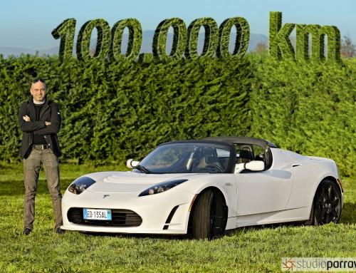 100.000 kilometri con la Tesla Roadster. Il futuro è vicino.