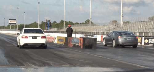 mercedes-benz-e63-amg-with-650-hp-vs-tesla-model-s-drag-race