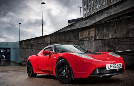 Tesla Roadster rossa