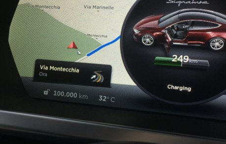 Tesla-Model-S-AdrianoRuchini-100kkm