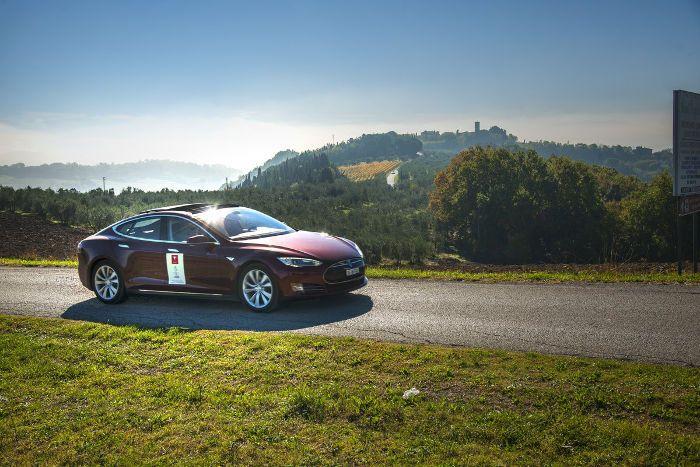 Tesla Chianti Weekend