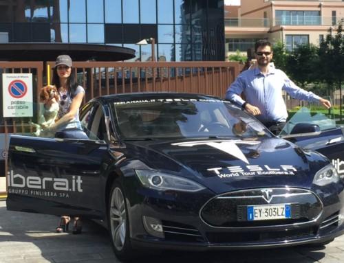 Il giro del mondo in Eco Car a zero emissioni e zero costi di rifornimento