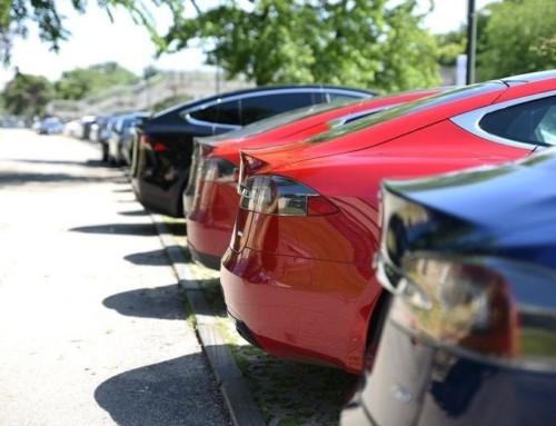 Costa molto assicurare una Tesla?